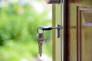 keys-in-door